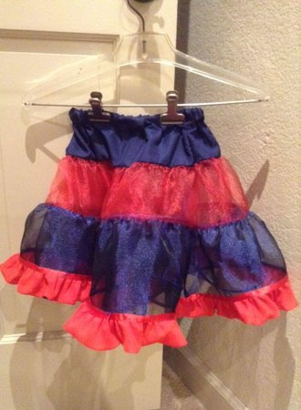 Child's short red & blue costume play skirt\\n\\n2/22/2016 4:18 AM